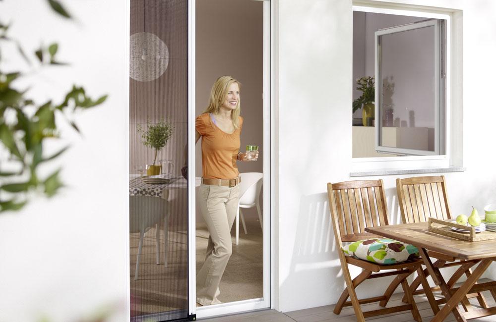 plissees f r t ren storentechnik loriol. Black Bedroom Furniture Sets. Home Design Ideas